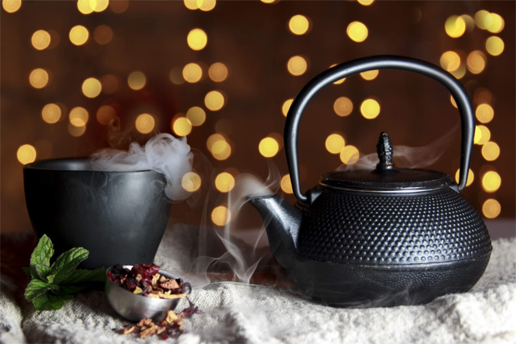 black-teapot